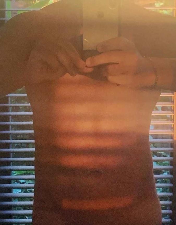 foto jorge javier vazquez casi al desnudo