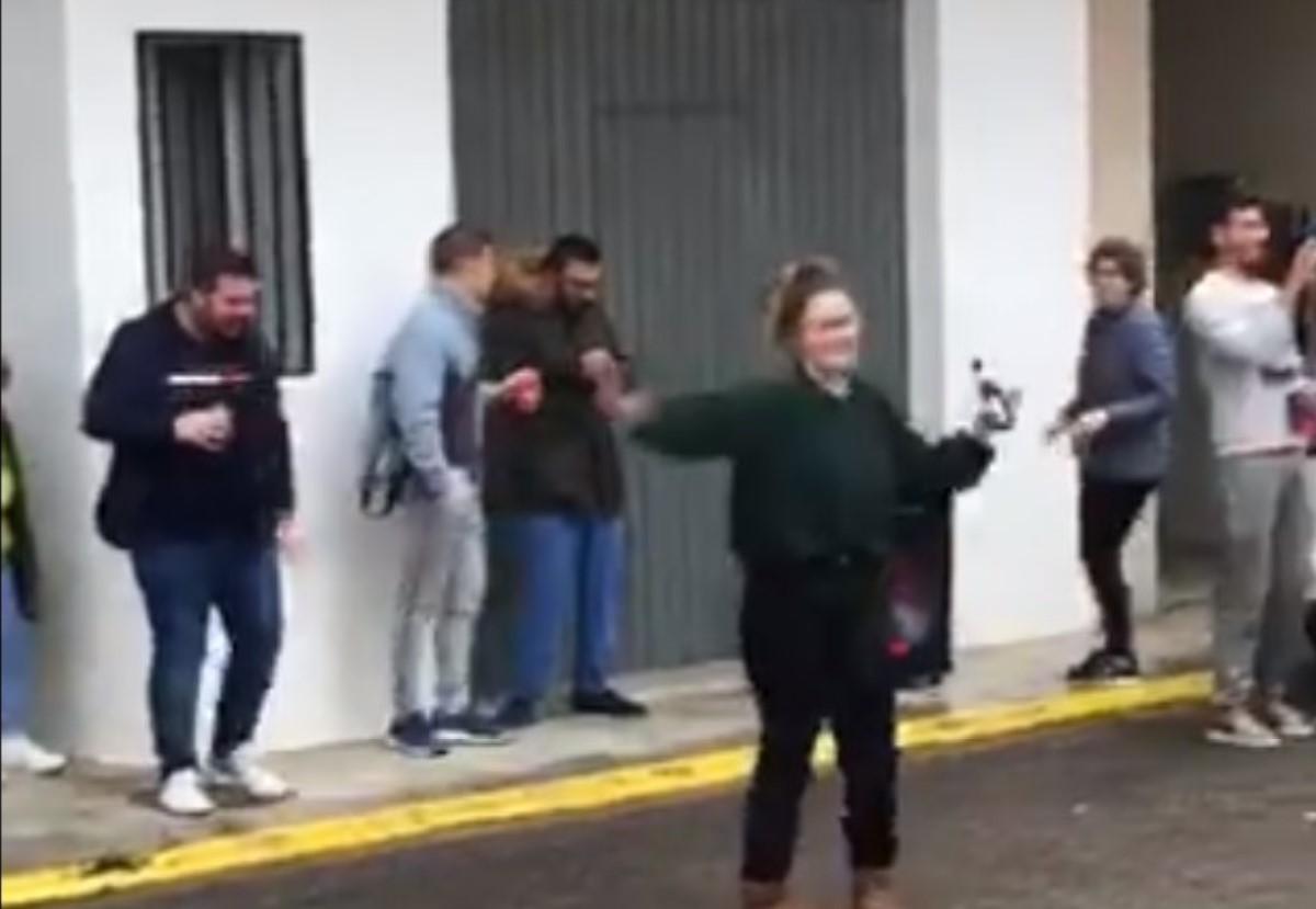 bailando alcaldesa
