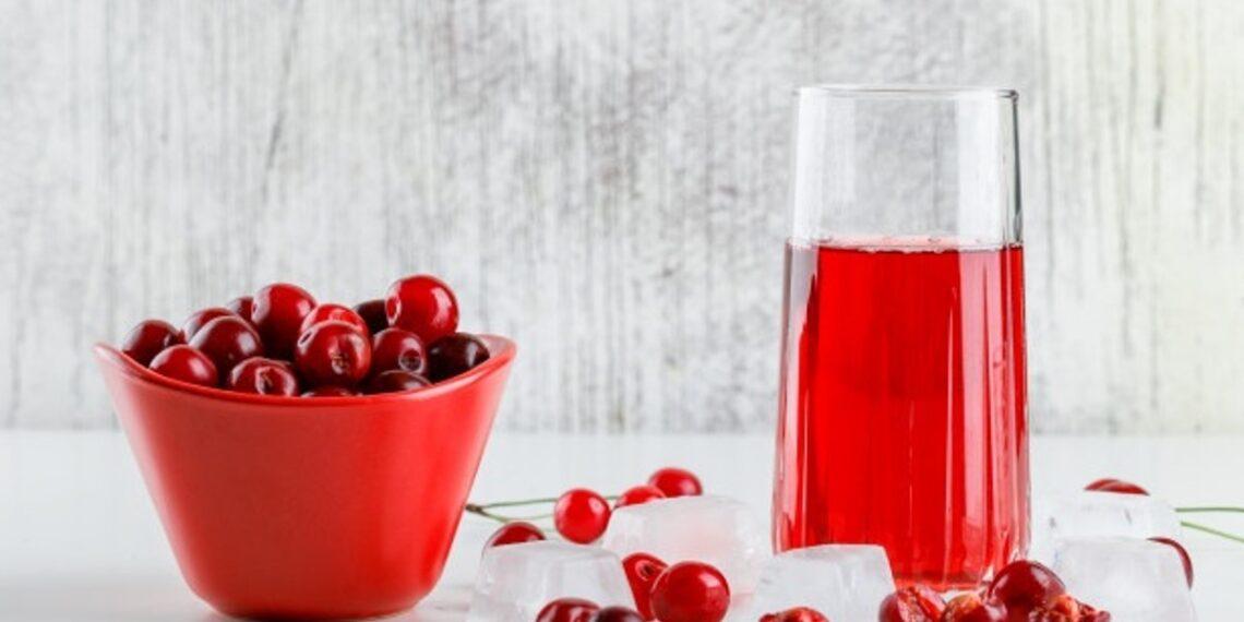 Conoce los beneficios saludables de beber jugo de cereza en el desayuno